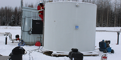 confined-space-tank-cleaning-pic